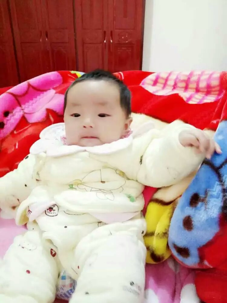 宝宝 壁纸 孩子 小孩 婴儿 750_999 竖版 竖屏 手机