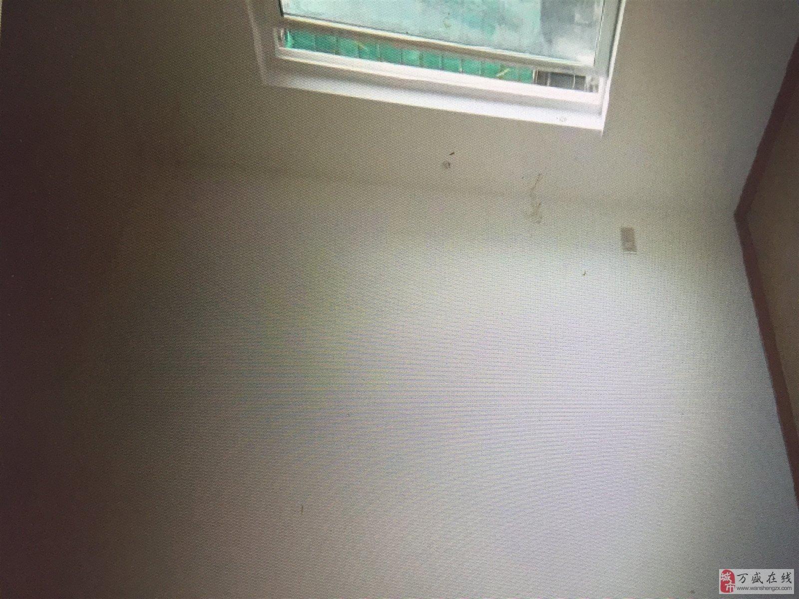 江山城三室精裝修,家電齊全,隨時看房!