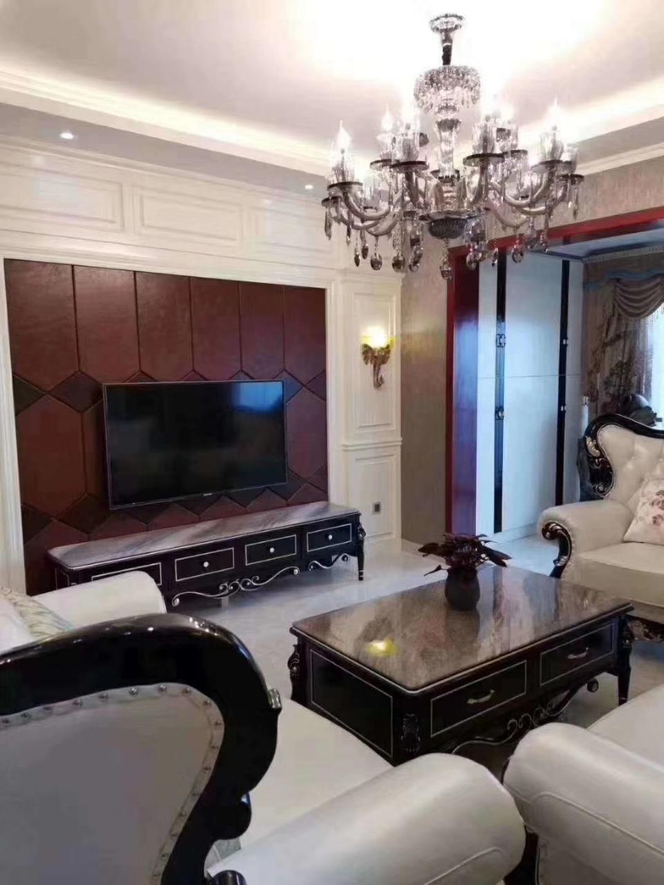 凯旋城豪装3室2厅2卫89万元