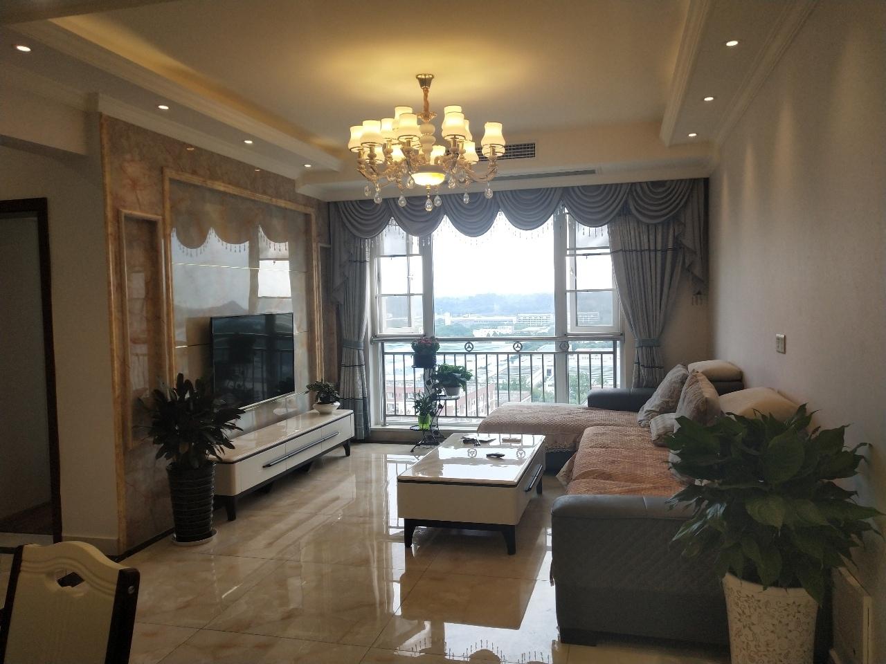 上林郡3室2厅1卫78.8万元
