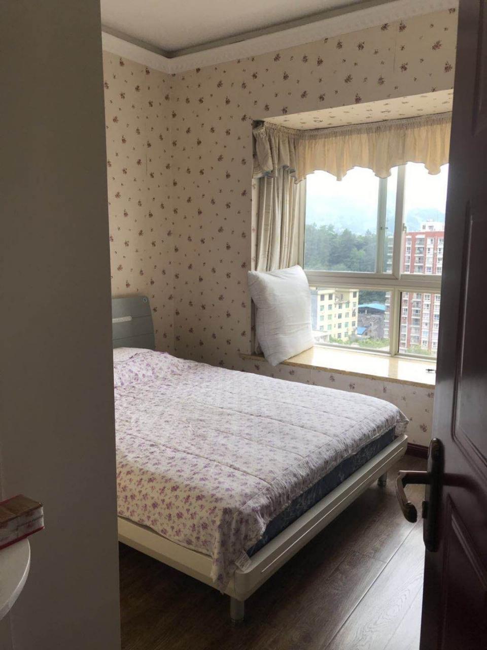 黔龙阳光花园2室 2厅 1卫56.8万元