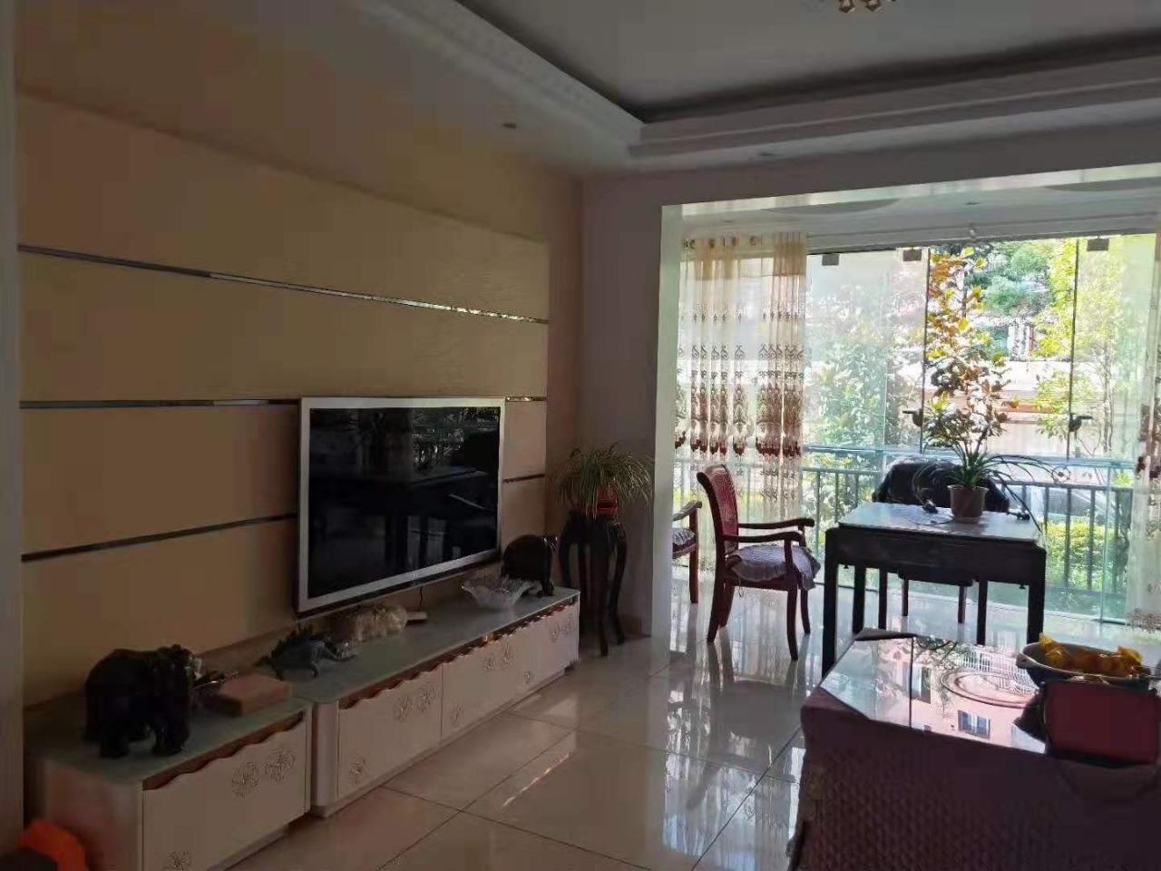 龙腾锦城3室 2厅 2卫78万元