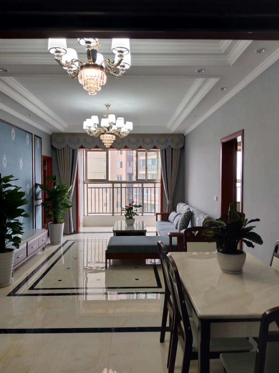合江巴黎春天11楼3室 2厅 2卫65.8万元