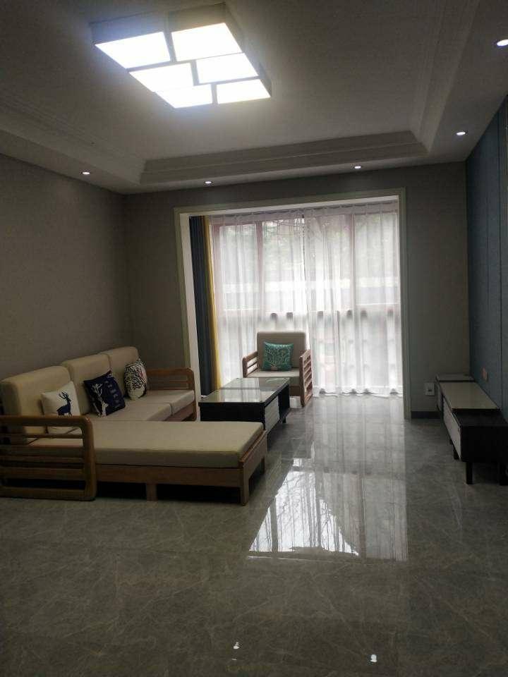 三转盘诚信苑电梯公寓3室 2厅 2卫62.8万元