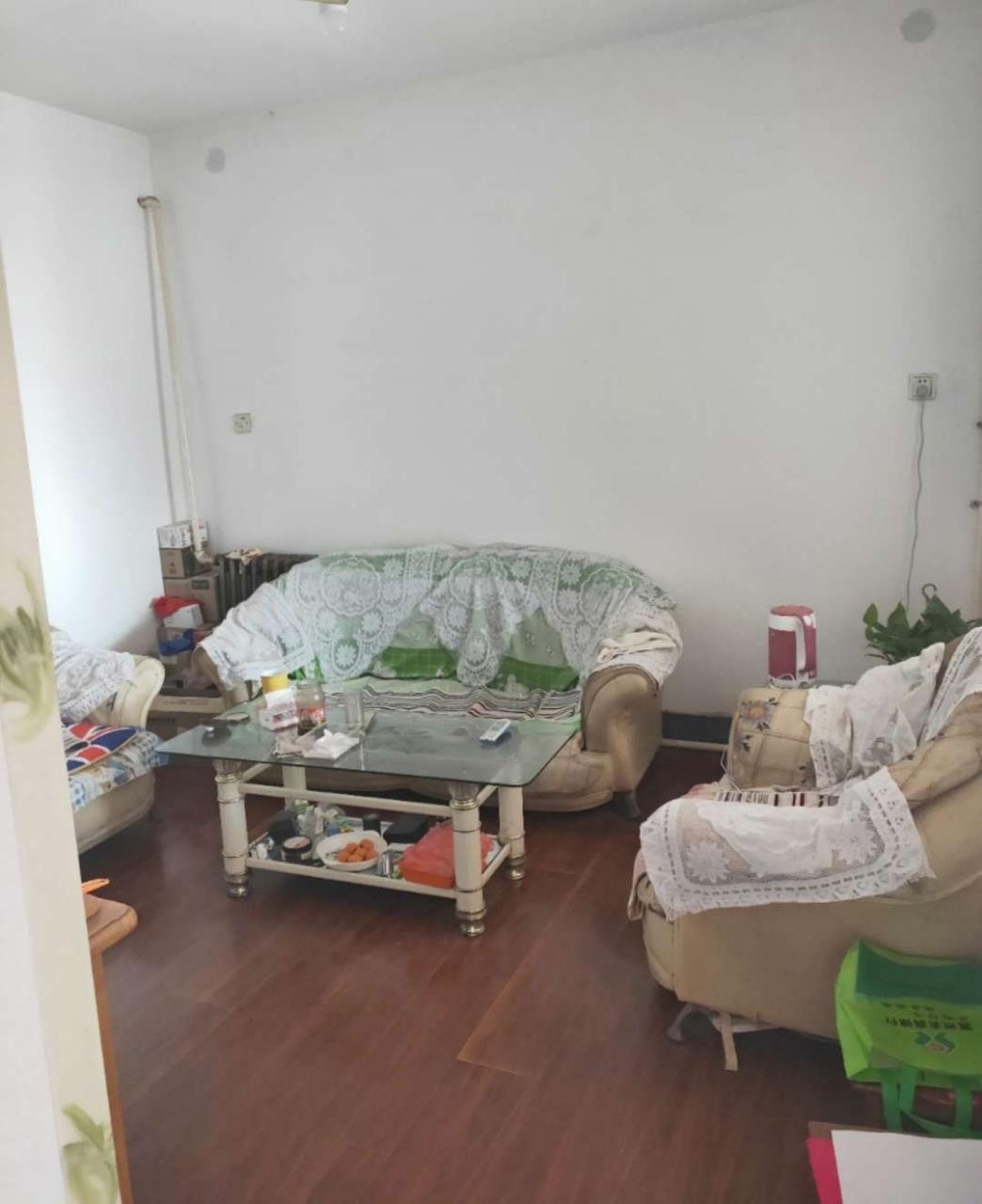 棉纺厂商住楼3室 1厅 1卫53万元