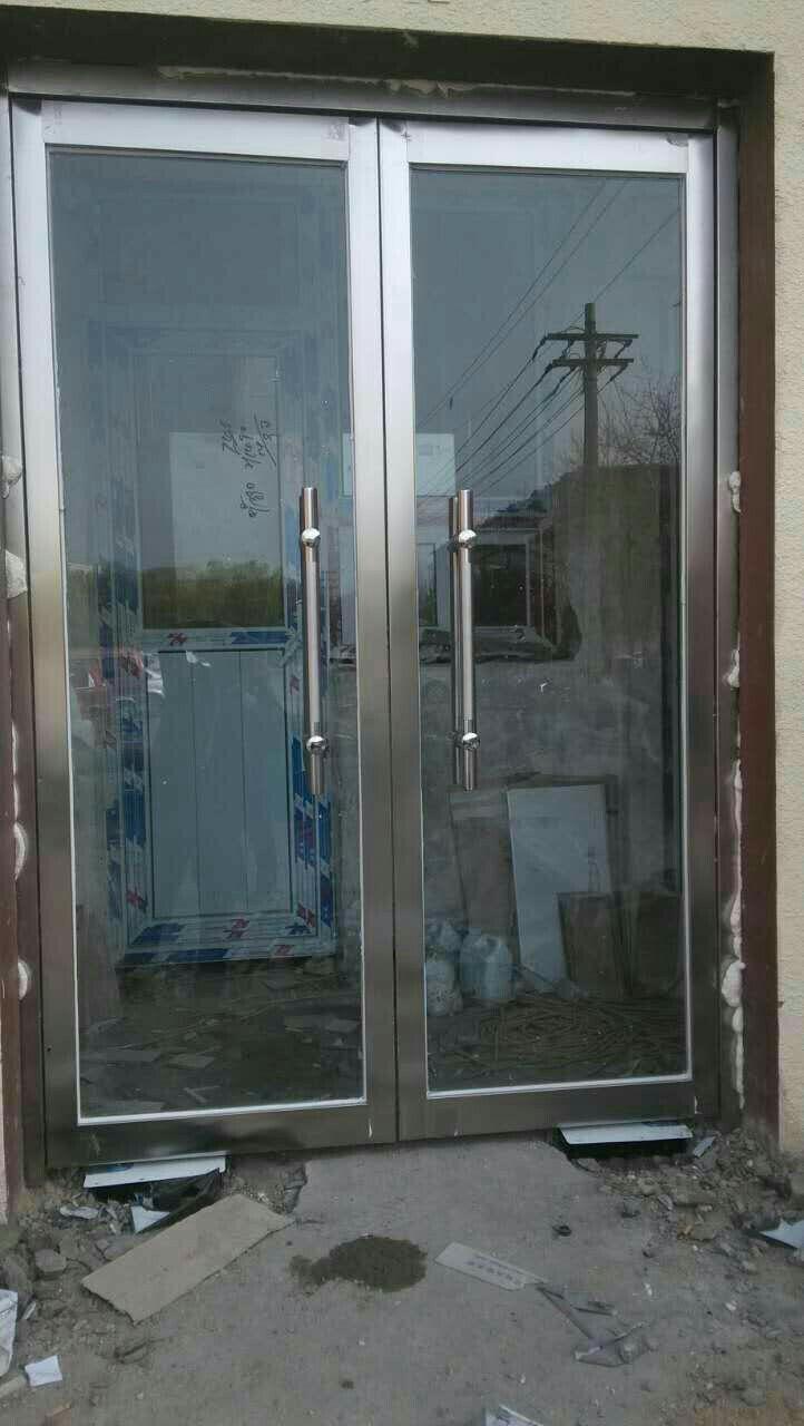 专业制作安装断桥铝门窗,不锈钢玻璃门,彩钢房,围栏