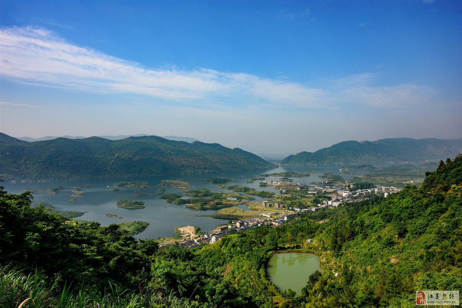 仙岛湖位于阳新县王英镇,是省级生态旅游风景区