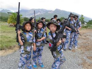 瓜州兄弟连真人CS军事拓展训练营