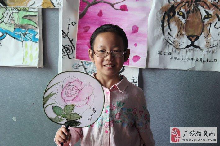 六一儿童节,看看广饶风车美术学校的国画班的孩子们画的扇子!