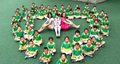 珠海幼儿园创意毕业照_幼儿园创意集体照拍摄,珠海小学创意艺术毕业照图片