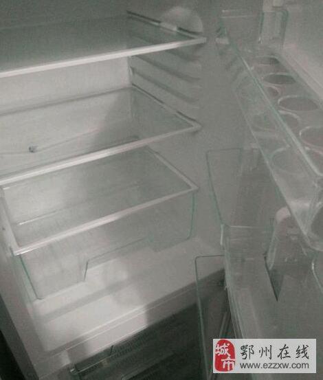 全新美的冰箱出售
