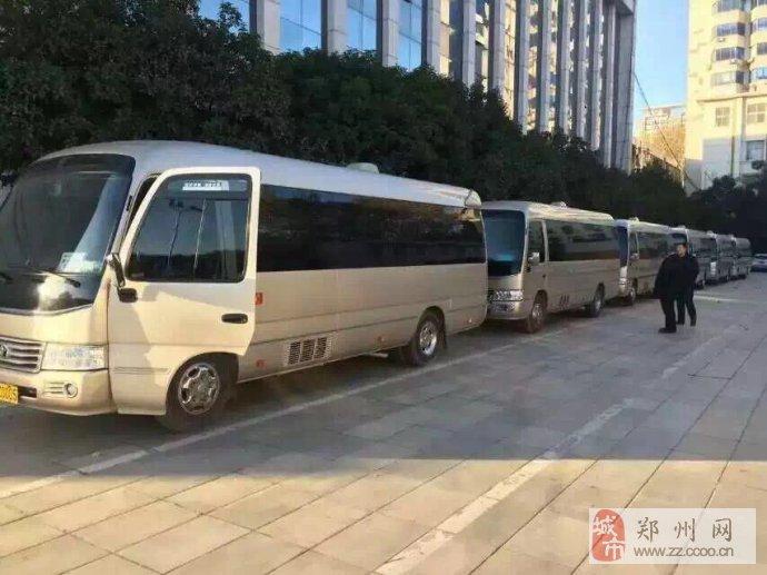 郑州20座丰田中巴考斯特出租