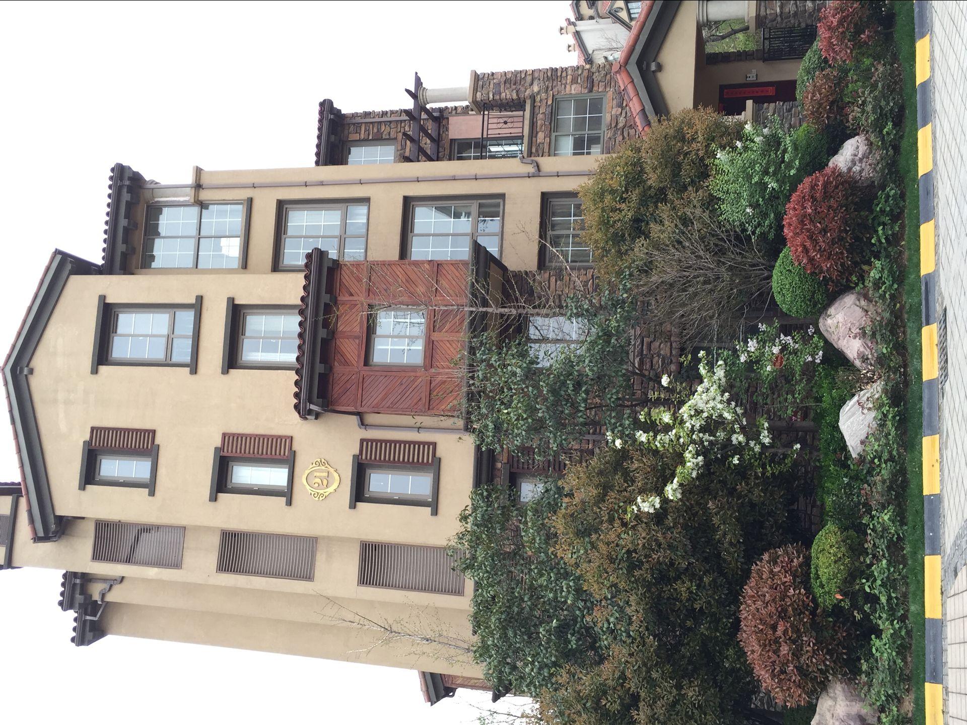 出售惠济区怡丰森林湖毛坯5米5挑高电梯洋房