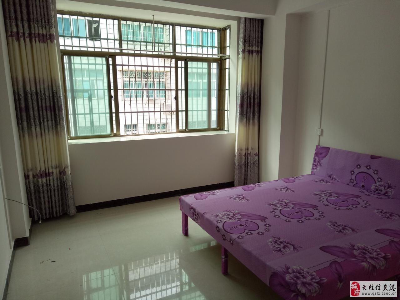 房屋出租 >> 出租信息  新房子出租:一楼门面二三楼单间四楼套间,全
