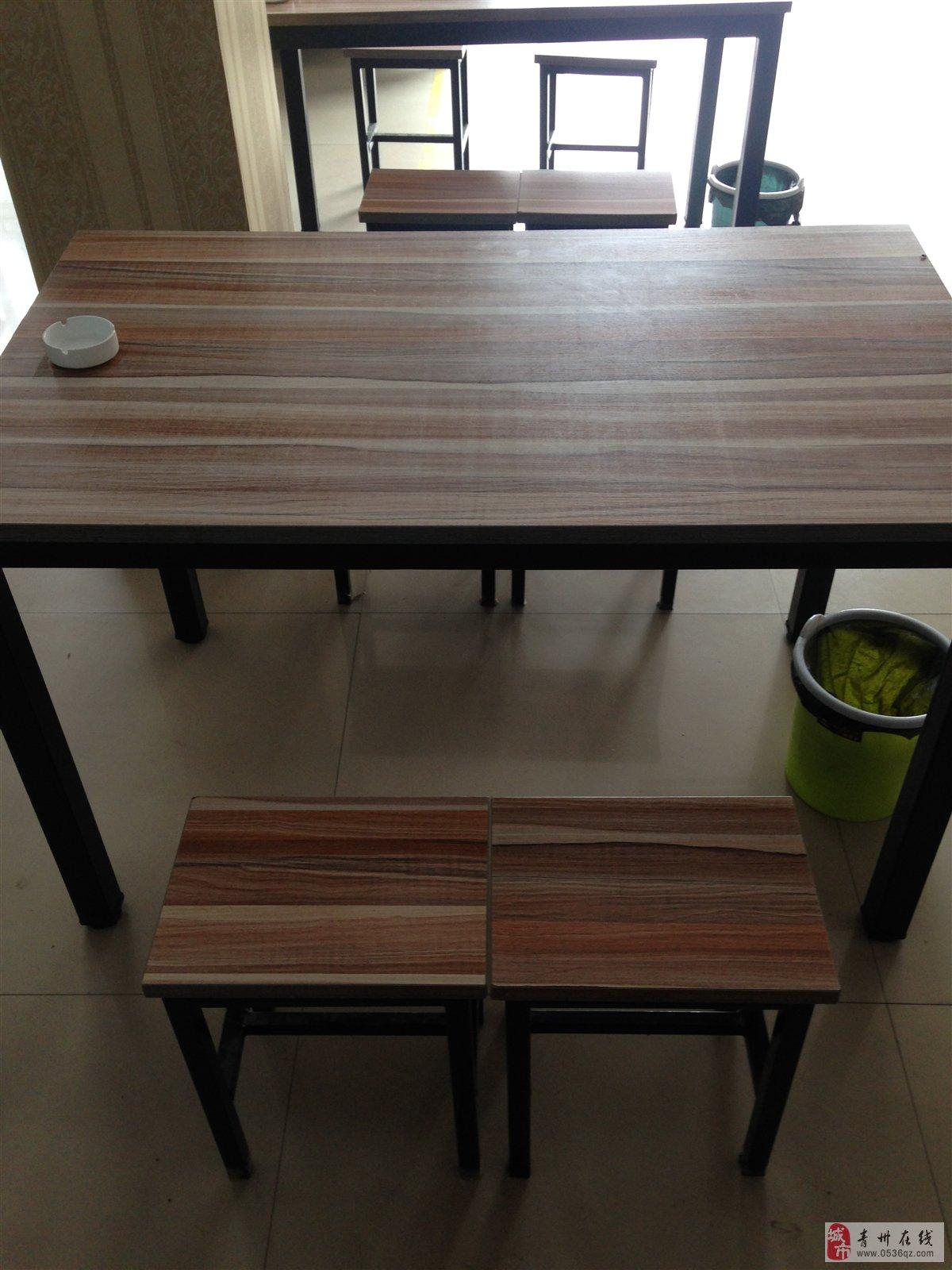 九成新餐桌凳子,空调