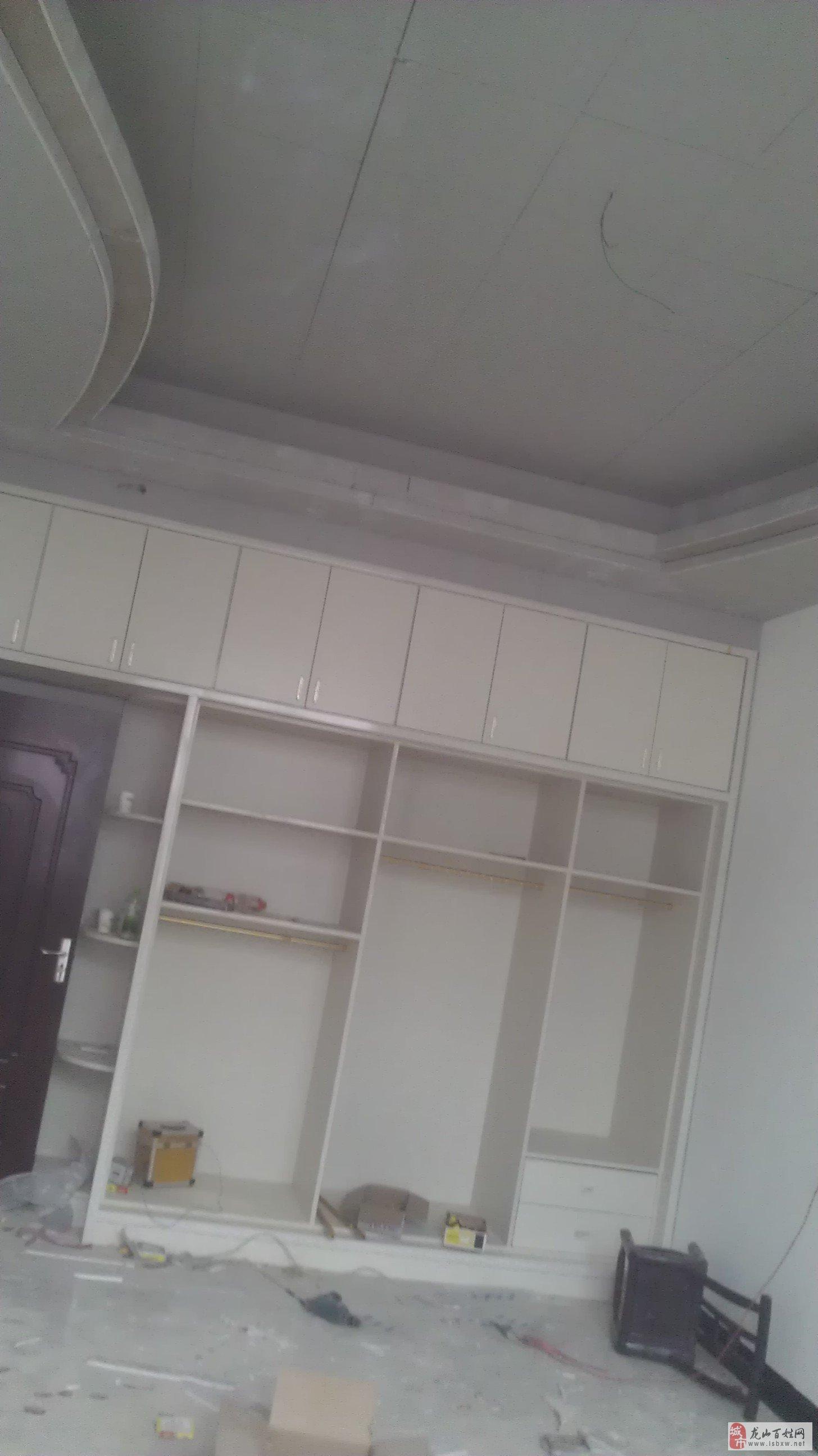 木工装修,吊顶,家具,隔断.电视墙等
