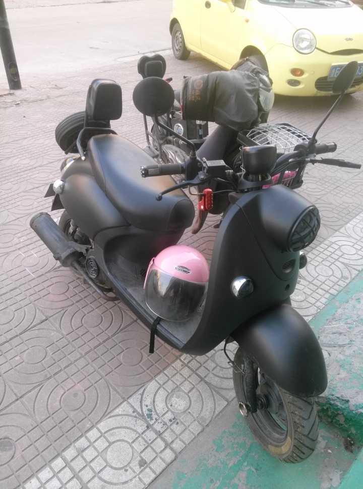 因为去东营上班,先转让一辆小龟王摩托车
