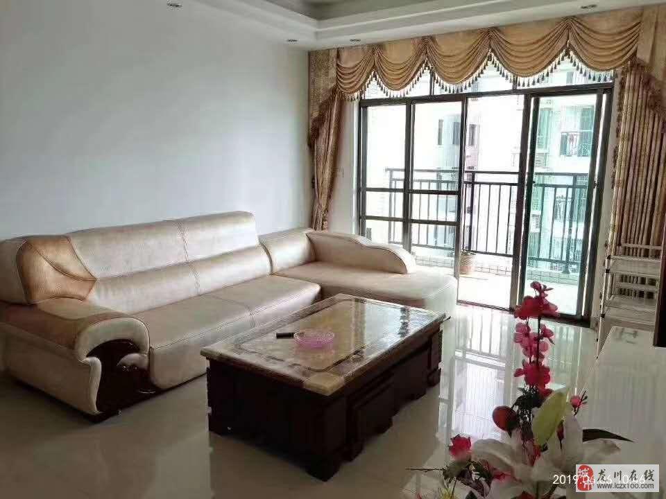 笋盘:金鼎花园精装3室2厅2卫56.8万元