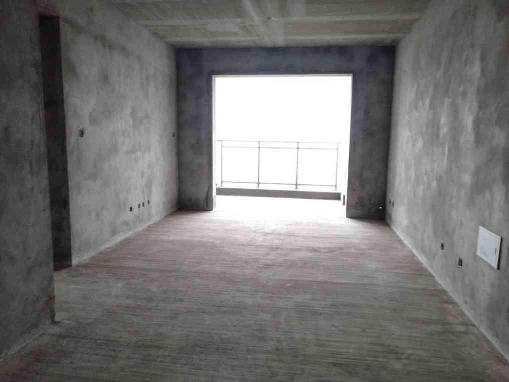 时代广场现浇小区房3室2厅2卫只要33万元