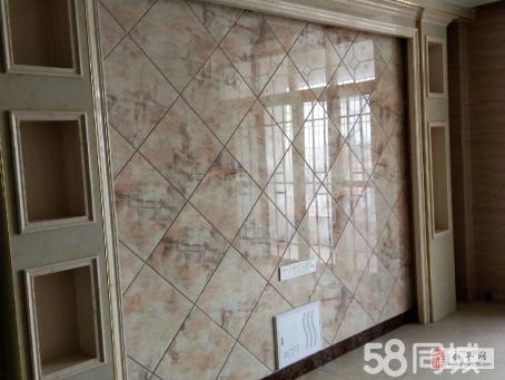 东湖花城3室2厅2卫90万元有杂物间