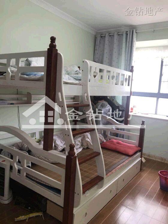 战前小学龙景家园95万3室2厅2卫精装修超低价格快出手