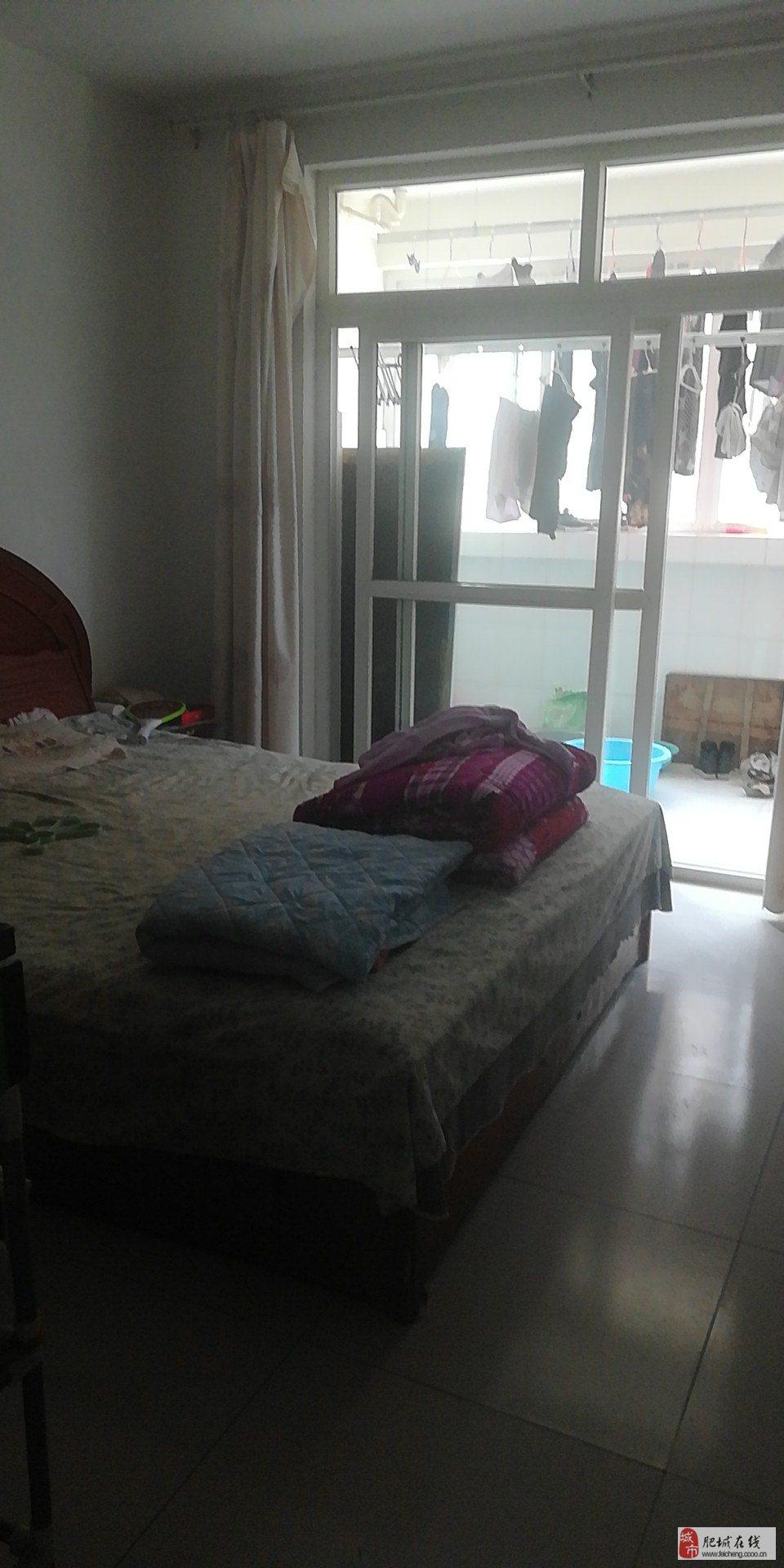 明桂花园3室2厅1卫62万元