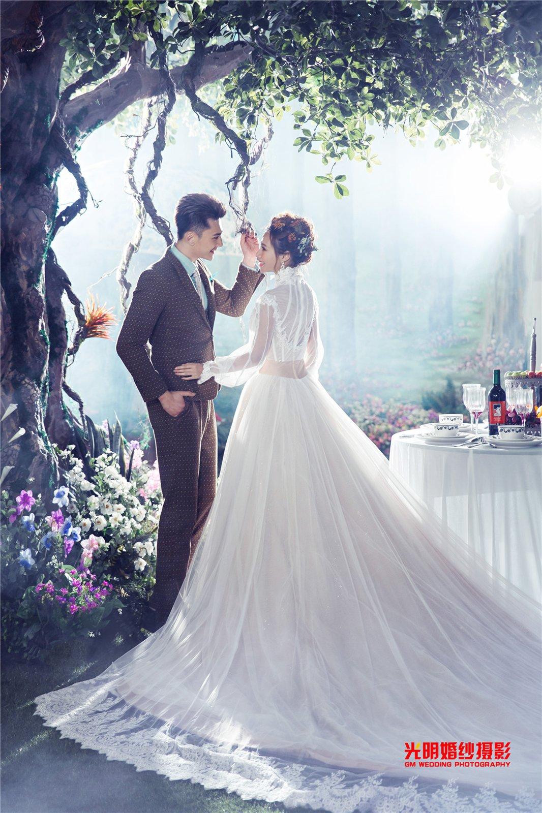 森林系婚礼_作品欣赏_遂平县光明婚纱摄影