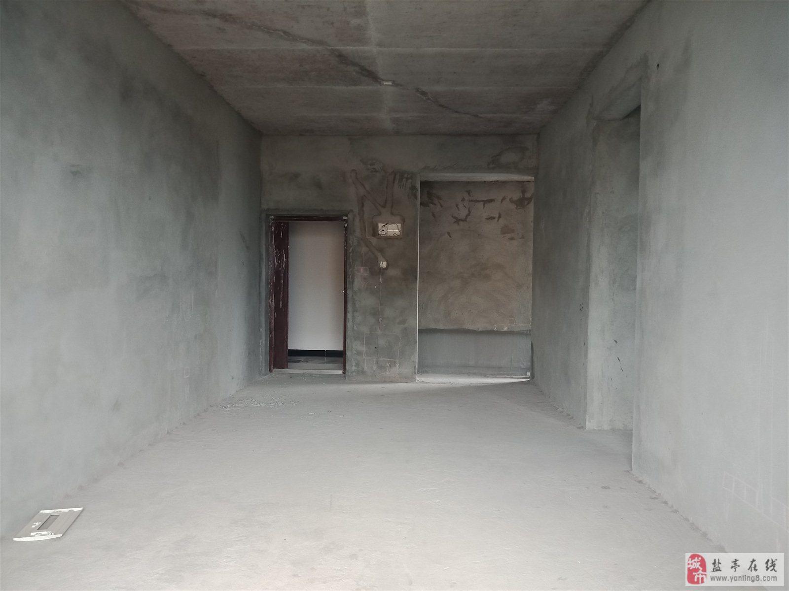 宏博·梓江锦城3室 2厅 2卫39.8万元