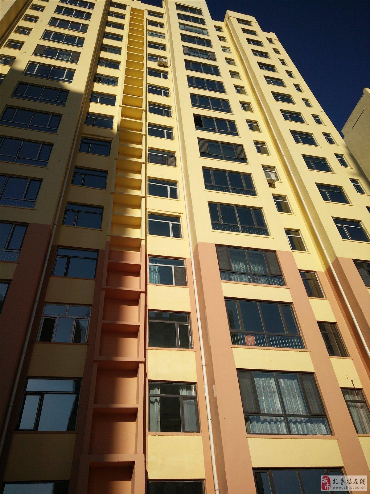 龍成劍橋3室 1廳 1衛38.8萬元