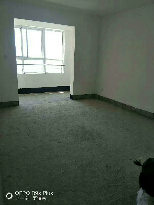 绿之圣4室 2厅 2卫95万元