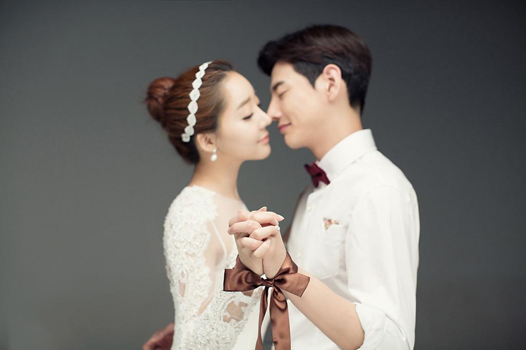 城市联盟(ccoo.cn)开阳薇薇新娘婚纱摄影